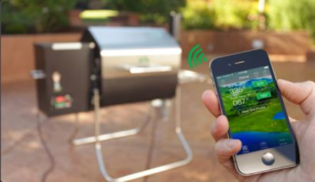 Easily Control and Monitor your WiFi Grill via Smartphone or Tablet