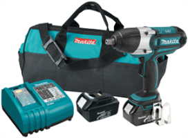 "Makita BTW450 18V LXT Lithium-Ion 1/2"" Cordless Impact Wrench Kit"