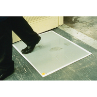 "Crown Matting WC3125SG Walk-N-Clean 995 Mat, 31-1/2"" x 25-1/2"", Gray"